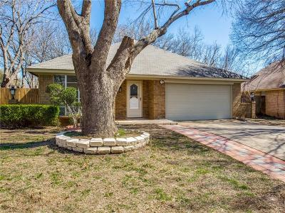 Fort Worth Single Family Home For Sale: 3840 Blue Grass Lane