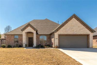 Cleburne Single Family Home For Sale: 804 Bent Wood Lane