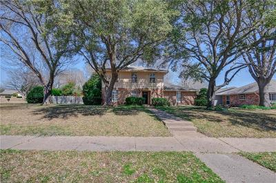 Richardson Single Family Home For Sale: 1703 Damian Way