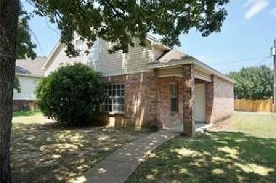 Dallas Single Family Home For Sale: 1032 Burlywood Drive