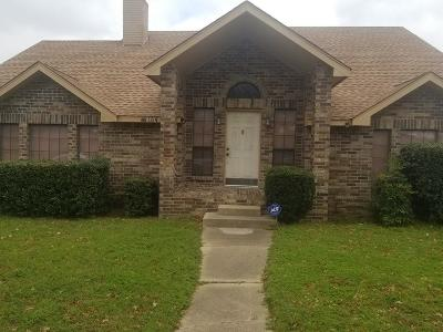 Desoto Single Family Home For Sale: 104 Whitewater Trail