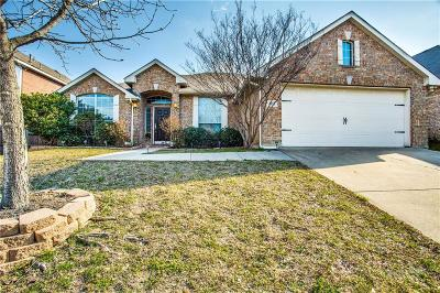 Fort Worth Single Family Home For Sale: 4925 Bolero Court