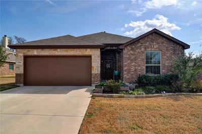 Azle Single Family Home For Sale: 1216 Glenwood Drive