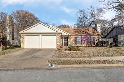 Bedford Single Family Home For Sale: 3604 Windsong Lane