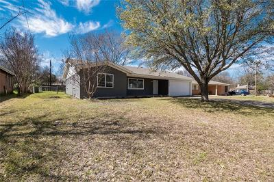 Benbrook Single Family Home For Sale: 1116 Park Center Street