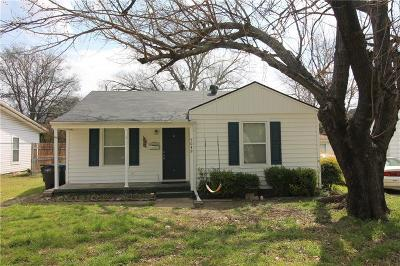 Single Family Home For Sale: 5049 Royal Drive