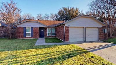 Arlington Single Family Home For Sale: 321 Iberis Drive