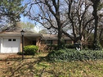 Arlington Single Family Home For Sale: 2807 Bent Tree