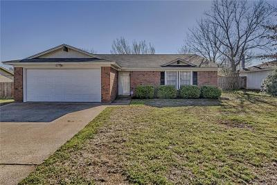 Arlington Single Family Home For Sale: 5803 Willow Branch Drive