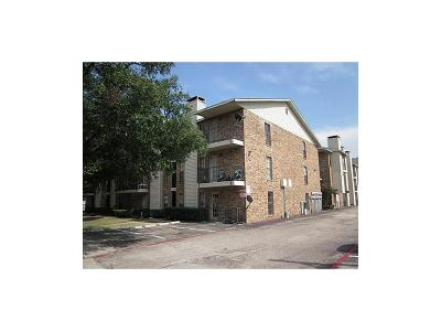 Dallas County Condo For Sale: 9520 Royal Lane #321