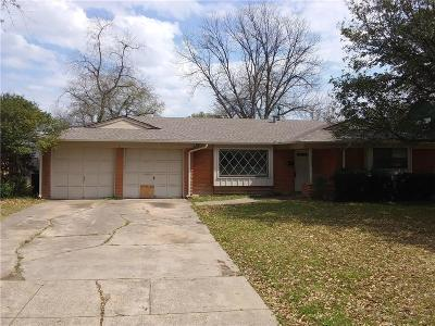 Fort Worth Single Family Home For Sale: 5521 Westcreek Drive