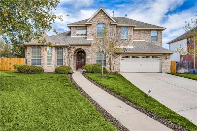 Hurst Single Family Home Active Option Contract: 404 Hill Crest Court