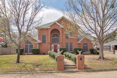 North Richland Hills Single Family Home For Sale: 7701 Ridgeway Court