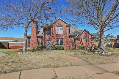 Carrollton Single Family Home For Sale: 1224 Dentonshire Drive