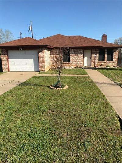 Denton County Single Family Home For Sale: 328 Branson Road