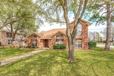 Grapevine Single Family Home Active Option Contract: 5152 Haydenbend Circle