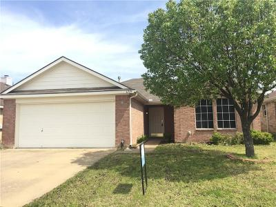 Arlington Single Family Home For Sale: 6719 Waterlilly Drive