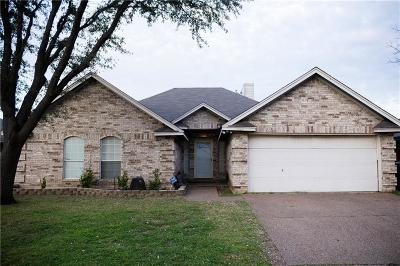 Fort Worth Single Family Home For Sale: 7924 Clear Brook Circle