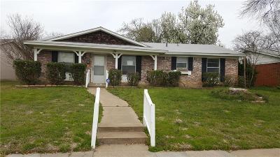 Irving Single Family Home For Sale: 2701 Laramie Street