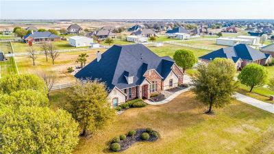 Haslet Single Family Home For Sale: 1933 Clover Springs Drive