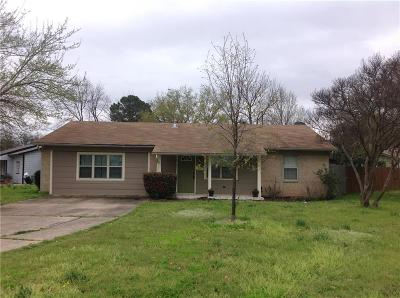 Euless Single Family Home For Sale: 603 Midway Drive W