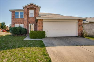 Fort Worth Single Family Home For Sale: 8701 Polo Drive