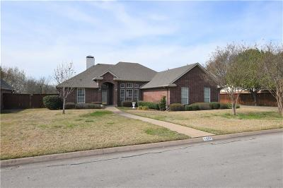 Corsicana Single Family Home Active Option Contract: 1629 Dogwood Trail