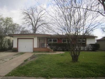 Dallas Single Family Home For Sale: 11821 Dorchester Drive
