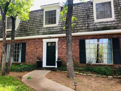 Arlington Single Family Home For Sale: 3205 Woodford Drive
