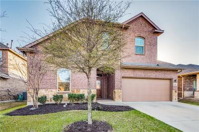 Fort Worth Single Family Home For Sale: 15801 Carlton Oaks Drive