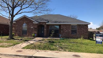 Dallas Single Family Home Active Option Contract: 5374 El Torro Street