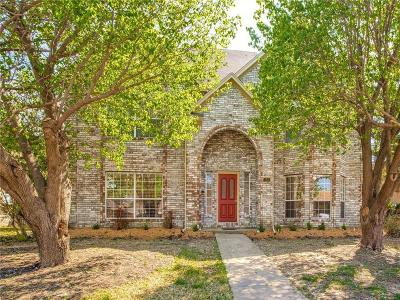 Mesquite Single Family Home For Sale: 722 Amesbury Drive
