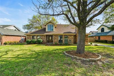 Grapevine Single Family Home For Sale: 3429 Sprindeltree Drive