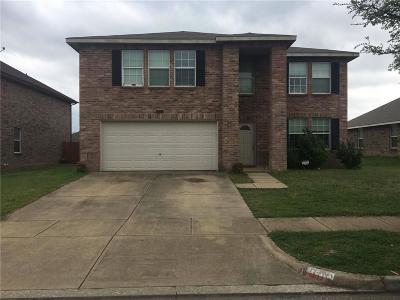 Arlington Single Family Home For Sale: 900 Wild Prairie Drive