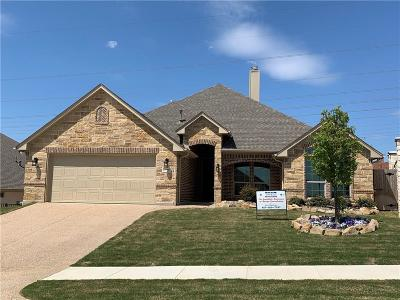 Benbrook Single Family Home For Sale: 10900 Prestwick Terrace