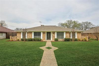 Dallas County Single Family Home For Sale: 907 Serenade Lane