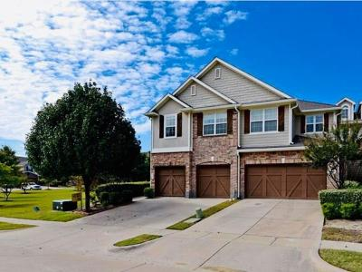 Plano Townhouse Active Option Contract: 6221 Weinberg Court