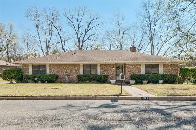 Denison Single Family Home For Sale: 708 Holland Drive