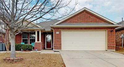 Fort Worth Single Family Home For Sale: 15529 Adlong Drive