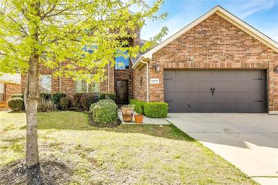 Fort Worth TX Single Family Home For Sale: $299,800