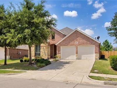 Grand Prairie Single Family Home Active Option Contract: 6933 Shoreview Drive