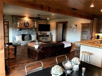 Palo Pinto County Condo For Sale: 2033 Harbor Way #202