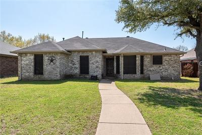 Rowlett Single Family Home For Sale: 6729 Trumpet Drive