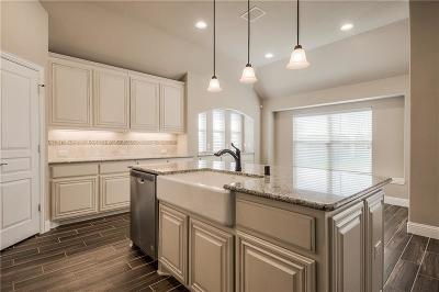 Aubrey Single Family Home For Sale: 8216 Bonanza Street