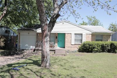 Farmers Branch Single Family Home For Sale: 2561 Brandywine Drive