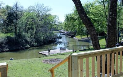 Malakoff Single Family Home For Sale: 170 Bayside Circle