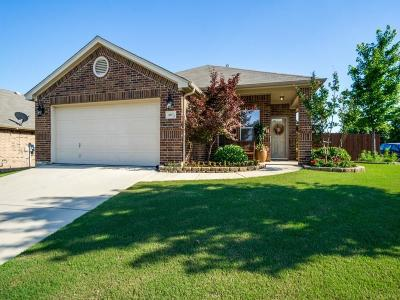 Fort Worth Single Family Home For Sale: 6037 Red Drum Drive