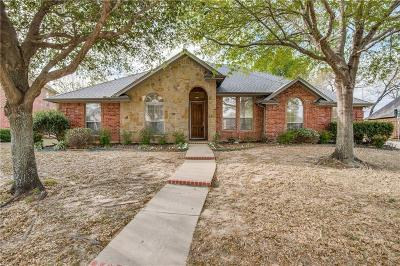 Hurst Single Family Home For Sale: 625 Palo Duro Drive