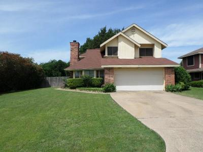 Grand Prairie Single Family Home For Sale: 4389 Hemingway Drive