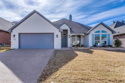 Benbrook Single Family Home For Sale: 11017 Slick Rock Drive